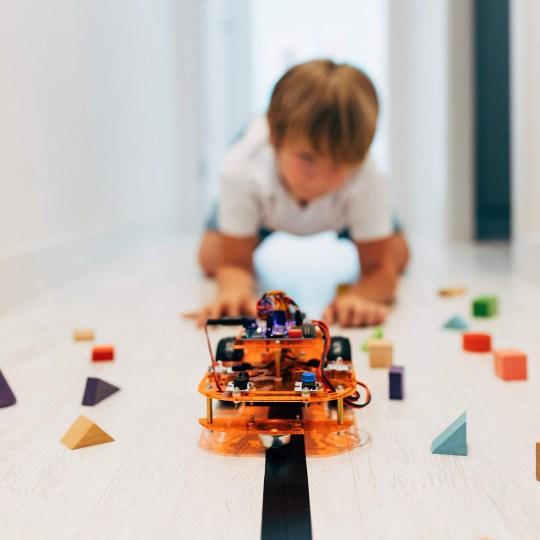 Kit éducatif Voiture Robot Ebotics à assembler et programmer