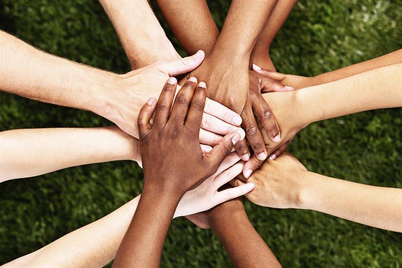 Hands-Together-Diversity-002