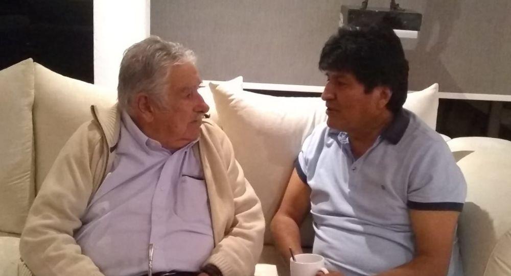 Evo y Mujica