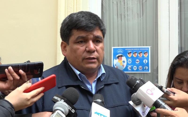 senador Omar Aguilar