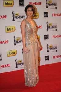 Ilena Filmfare-Awards-2013
