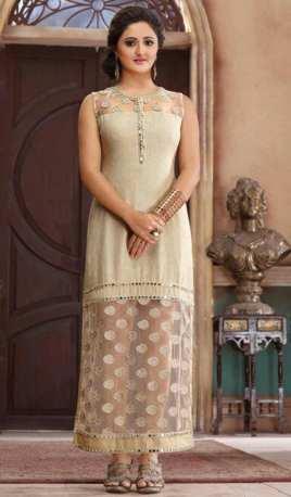 Robe brodé style kurta