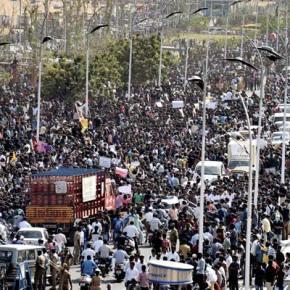 Manifestation à Chennai sur Marina beach.