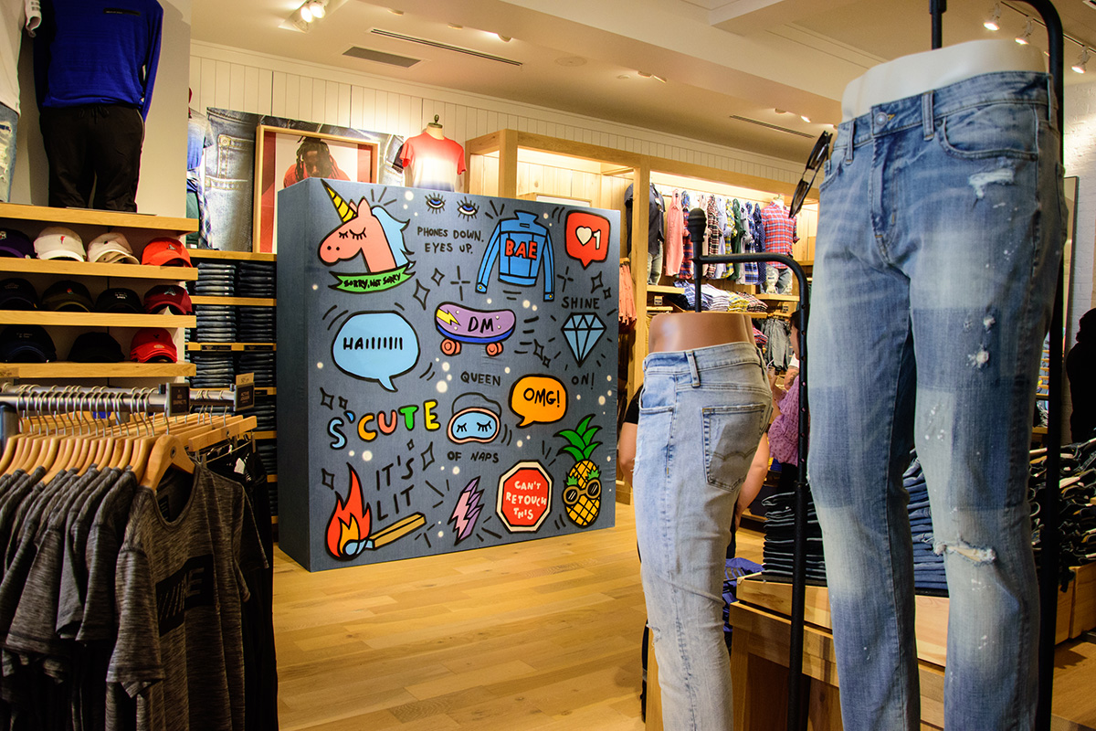 Denim Graffiti Wall With American Eagle Outfitters X Bustle