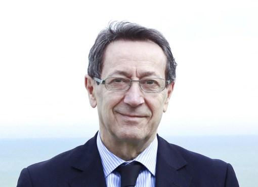 """< img src=""""https://www.la-notizia.net/piunti"""" alt=""""piunti"""""""