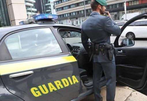 """< img src=""""https://www.la-notizia.net/messina"""" alt=messina"""""""
