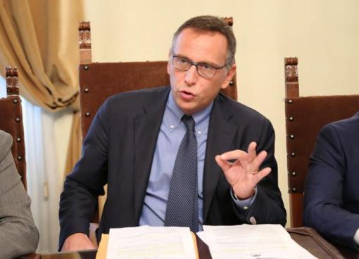 """< img src=""""https://www.la-notizia.net/bilancio"""" alt=""""bilancio"""""""
