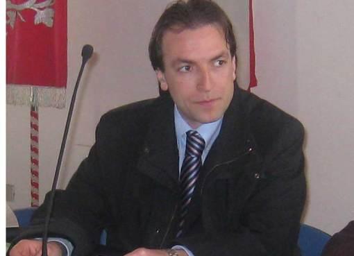 "< img src=""https://www.la-notizia.net/martinsicuro"" alt=""martinsicuro"""