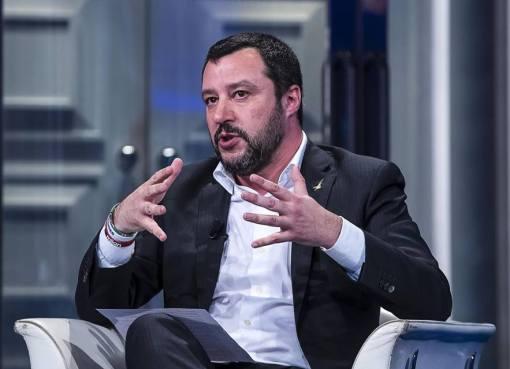 "< img src=""https://www.la-notizia.net/ricorso.jpg"" alt=""ricorso"""