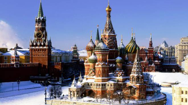 Mosca: precipita aereo di linea con 71 persone a bordo