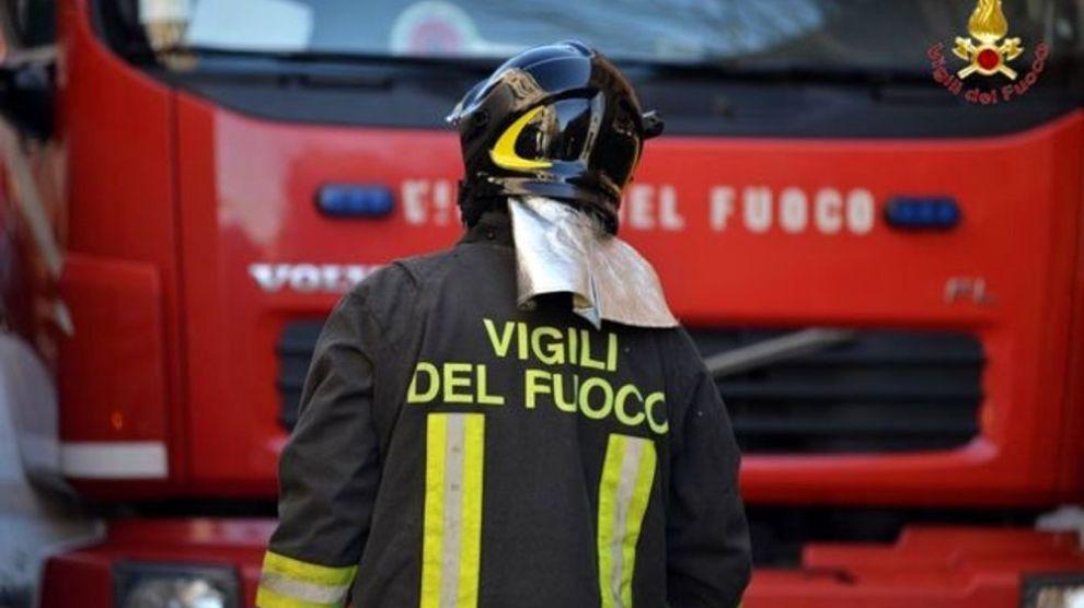 """< img src=""""https://www.la-notizia.net/cupello"""" alt=""""cupello"""""""