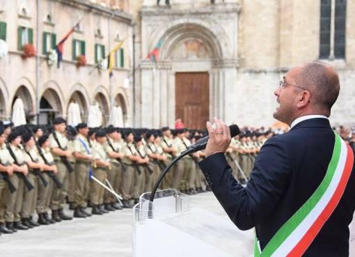 """< img src=""""https://www.la-notizia.net/castelli"""" alt=""""castelli"""""""