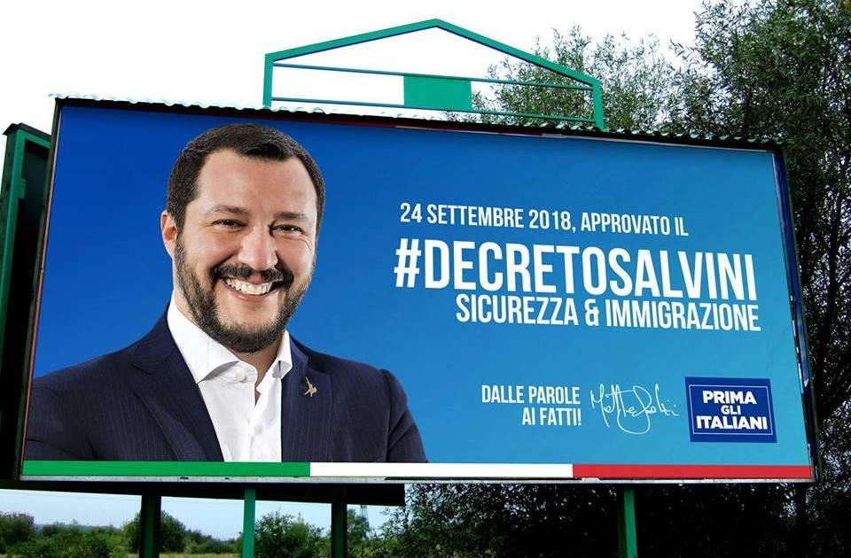 """< img src=""""https://www.la-notizia.net/decreto"""" alt=""""decreto"""""""