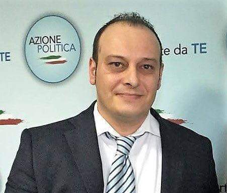 "< img src=""https://www.la-notizia.net/discarica"" alt=""discarica"""