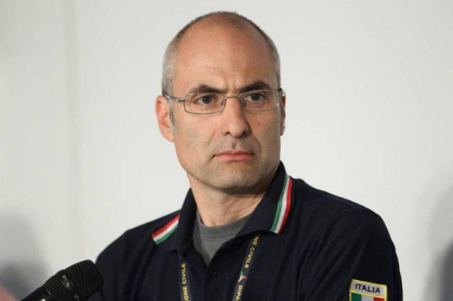 "< img src=""https://www.la-notizia.net/sisma"" alt=""sisma"""