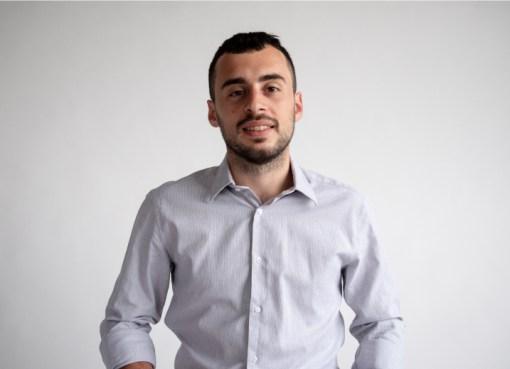 "< img src=""https://www.la-notizia.net/belfiori"" alt=""belfiori"""