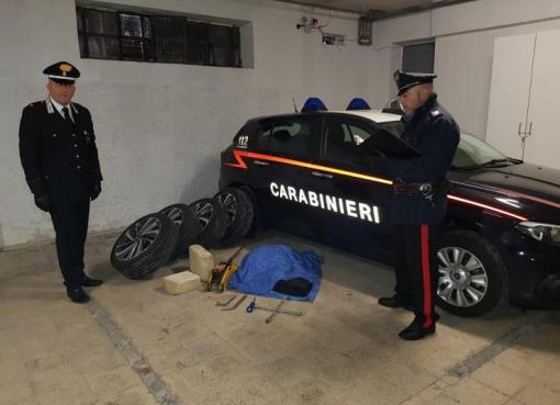 "< img src=""https://www.la-notizia.net/gaeta"" alt=""gaeta"""