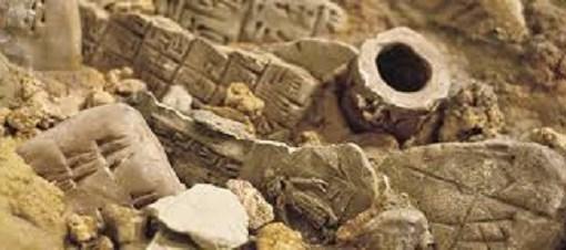 """< img src=""""https://www.la-notizia.net/archeologia"""" alt=""""archeologia"""""""