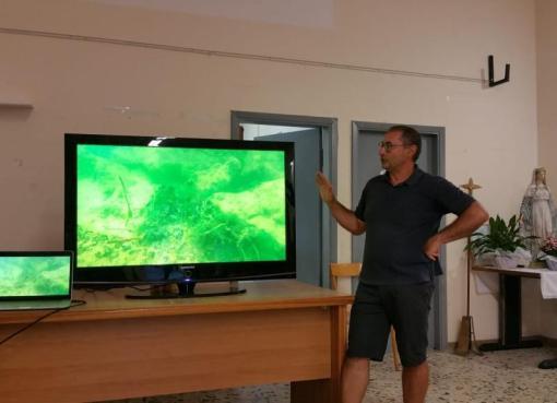 """< img src=""""https://www.la-notizia.net/mare-pulito"""" alt=mare pulito"""""""