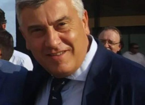"< img src=""https://www.la-notizia.net/cenerini"" alt=""cenerini"""