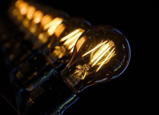 aumenti gas e luce