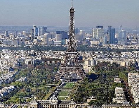 folla in fuga da parigi