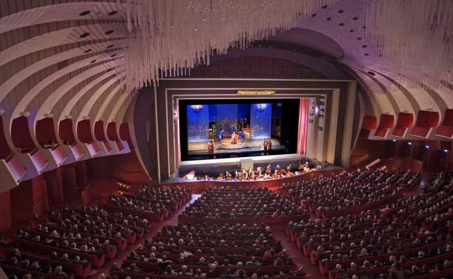 Risultato immagini per teatro regio di torino la notizia net