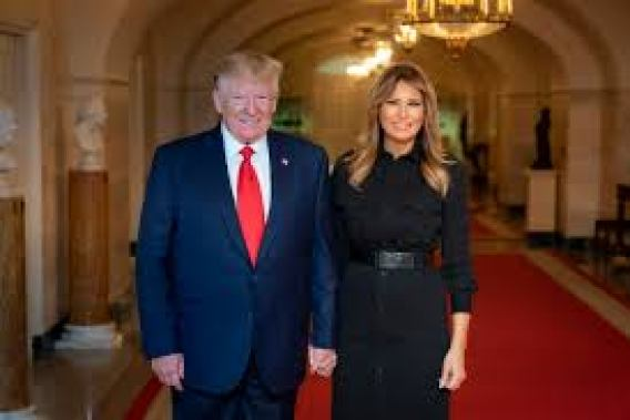 File:President Donald J. Trump and First Lady Melania Trump pose for a  photo in the Center Hall of the White House (48717566048).jpg - Wikipedia