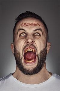 Apres la retouche photo zombie avec Photoshop, sur le blog La Retouche photo.