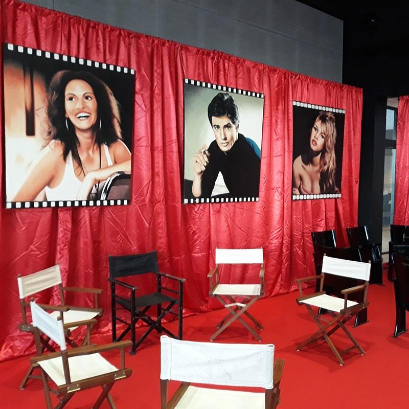 location rideau velours rouge pour vos