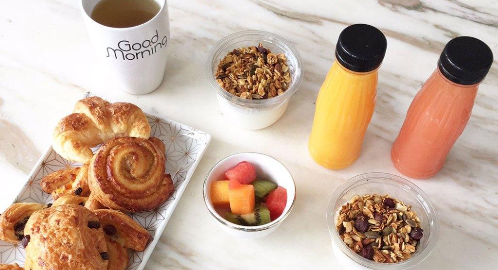 petite-dejeuner-livre-a-domicile-good-morning-paris-granola-healthy