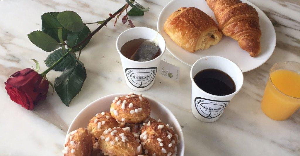 petite-dejeuner-livre-a-domicile-rose-rouge-paris-breakfast-2