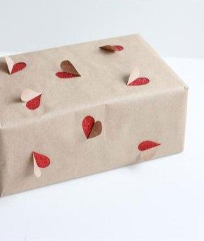 idees-paquets-cadeaux-noel-emballages-rubans-kraft-love