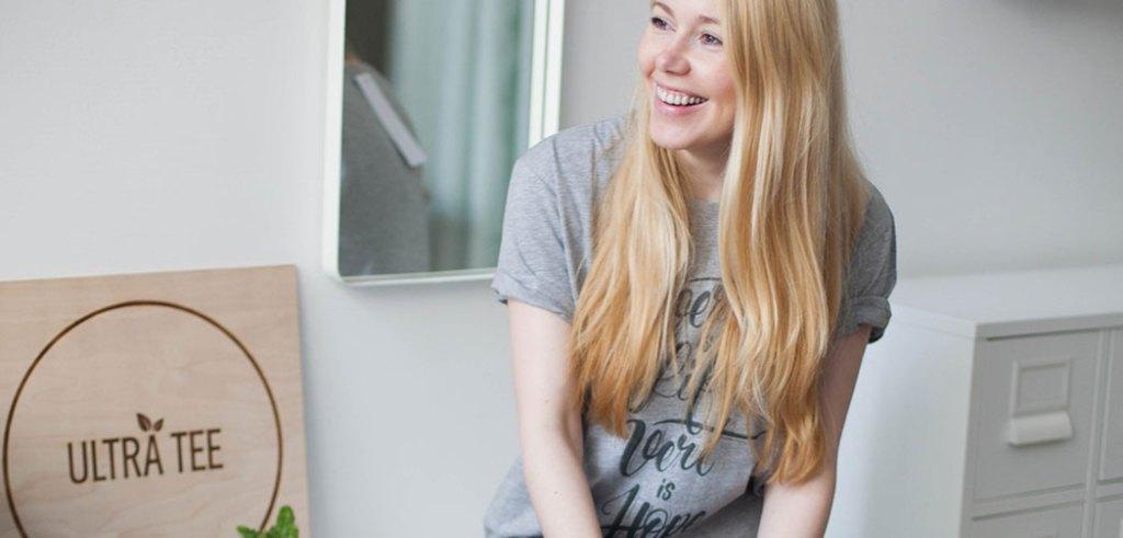 portrait-de-parisienne-angelina-ultra-tee-paris-mode-ethique-tee-shirt-fun