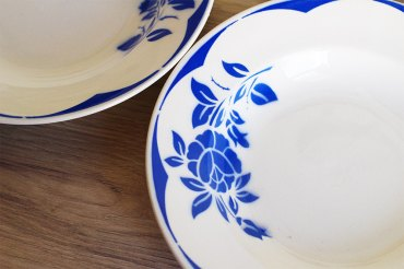 assiette-porcelaine-fleurs-bleues-2