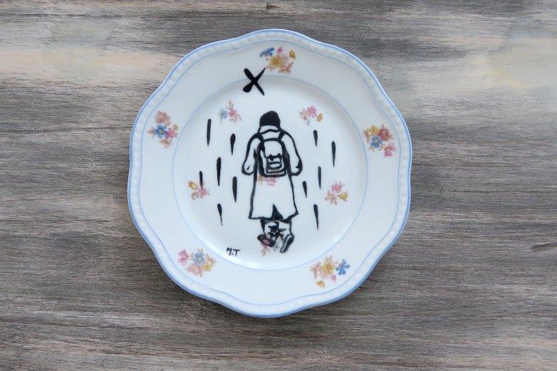 assiette-porcelaine-illutree-personnage