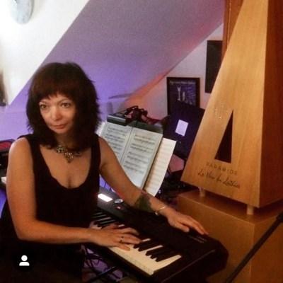 La Voix du Luthier Vika Yermolyeva Vkgoeswild