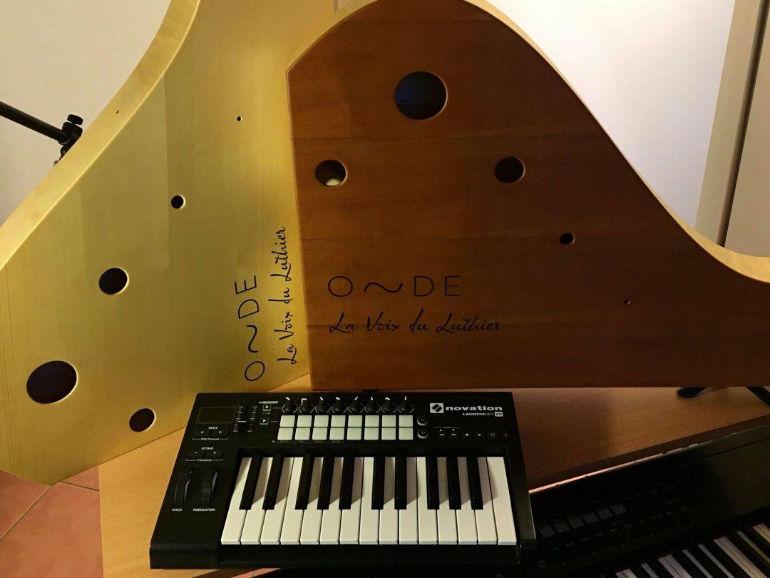 Pair of Onde - Special price - 2000€
