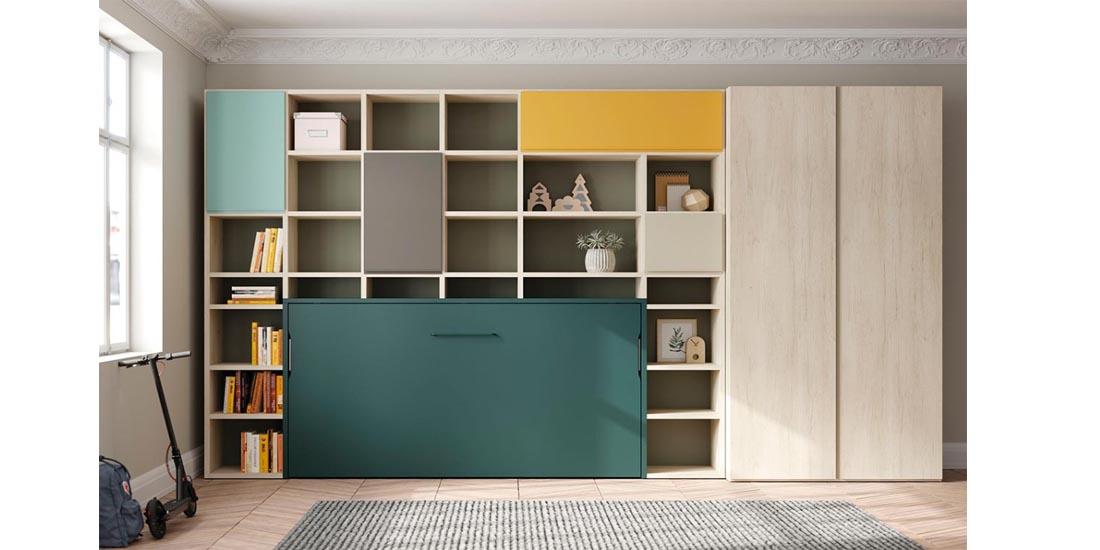 Cama abatible integrada con estanterías y armario