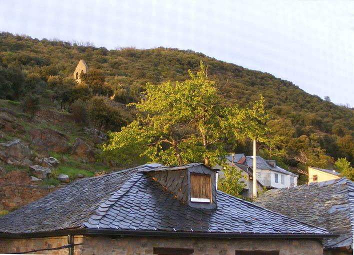 Vistas de la iglesia desde Labaniego