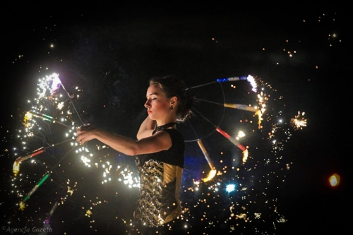 Labareda Fireshow- Fever Night - Agencja Gazeta 2