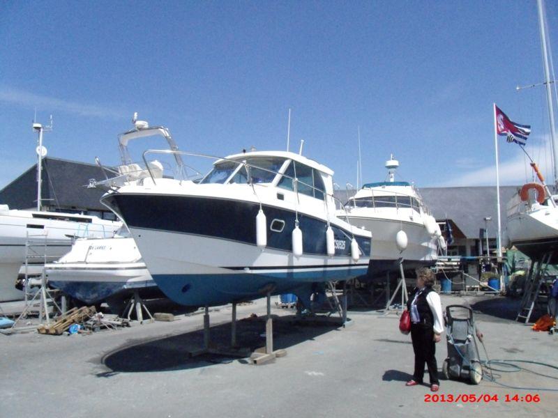 Bateau Inboard Occasion BENETEAU ANTARES 760 En Vente