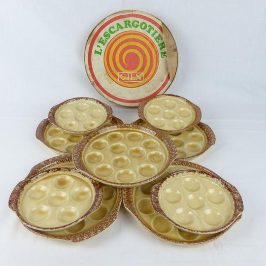 lot de 9 assiettes a escargot en porcelaine de gien