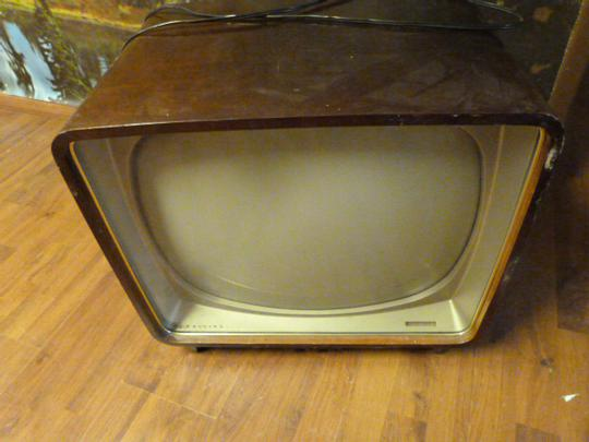 ancienne tv noir et blanc philips vintage