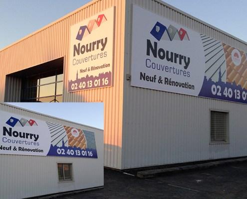 Toile grand format 11M X3M et 3M X 3M posée sur cadre alu, rond point de Viais Société Nourry couvertures - Label Communication