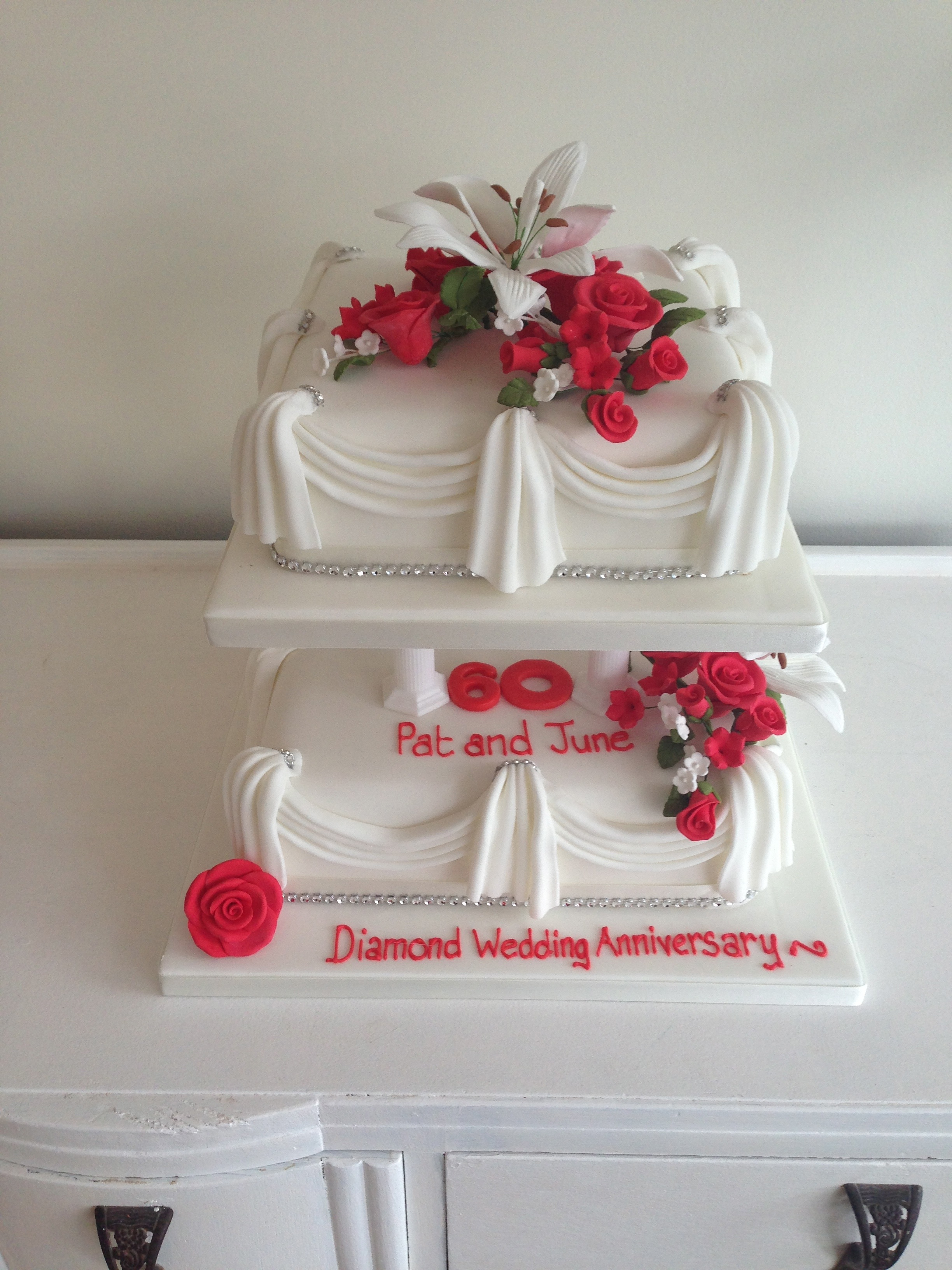 Anniversary Cakes Bedfordshire Buckinghamshire