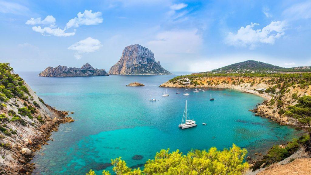 the beauttiful cala d'Hort in Ibiza