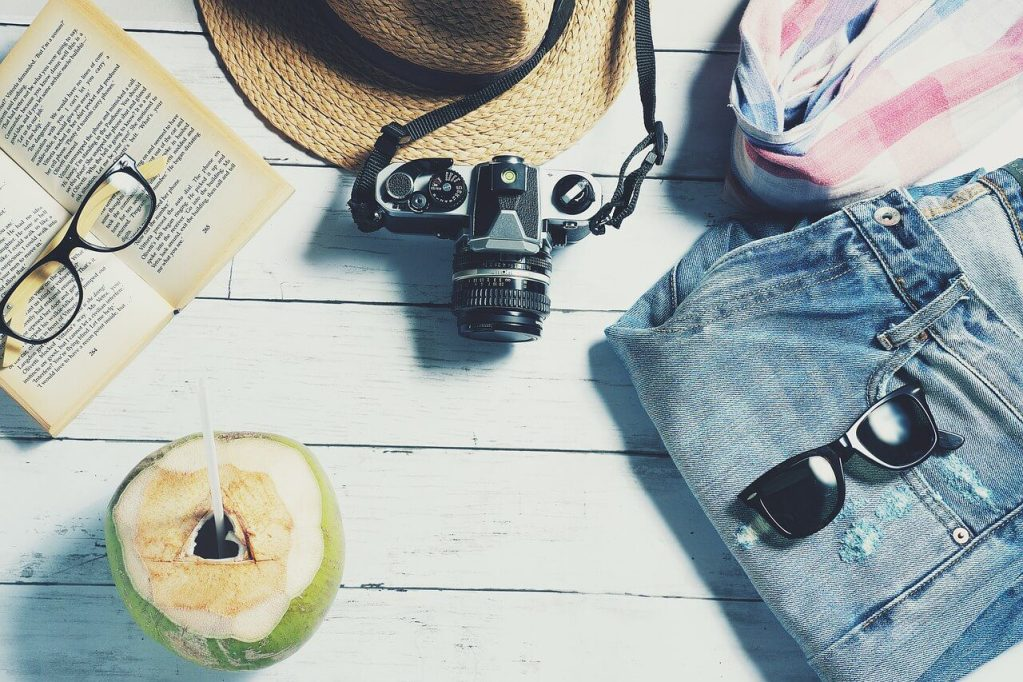 what to pack when going to Spain? sunglasses, shorts, sunscreen, lightweight clothes, comfortable shoes