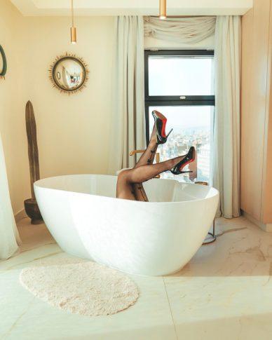 Louboutins and a bathtub at Iberostar Passeo de Gracia