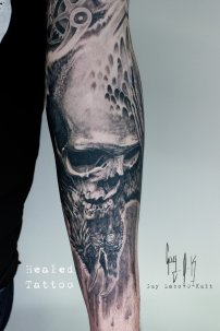 "HEALED Tattoo - Tatouage Cicatrisé ""Nuntius Nigrum"", Guy Labo-O-Kult"